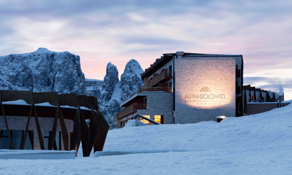 Hotelbau auf der Seiser Alm. Baufirma Schweigkofler aus Südtirol.