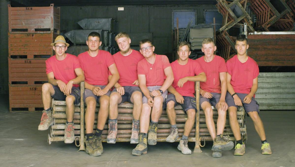 Lehrlinge der Baufirma Schweigkofler aus Südtirol.
